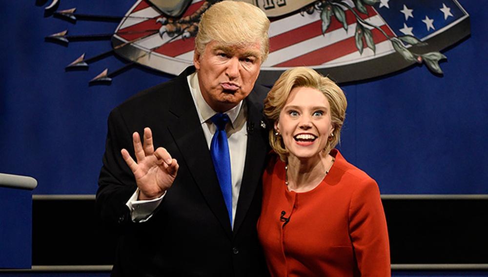 Να γιατί ο Αλεκ Μπόλντγουιν ως Ντόναλντ Τραμπ ήταν το χιτ της νέας σεζόν για το Saturday Night Live