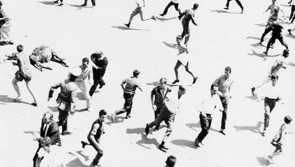 Οι Ταινίες της Κυριακής: «Σημάδια Ζωής» του Βέρνερ Χέρτσογκ (1968)