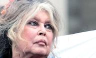 Η Μπριζίτ Μπαρντό θεωρεί υποκρίτριες κι ανόητες τις ηθοποιούς που καταγγέλουν σεξουαλική παρενόχληση