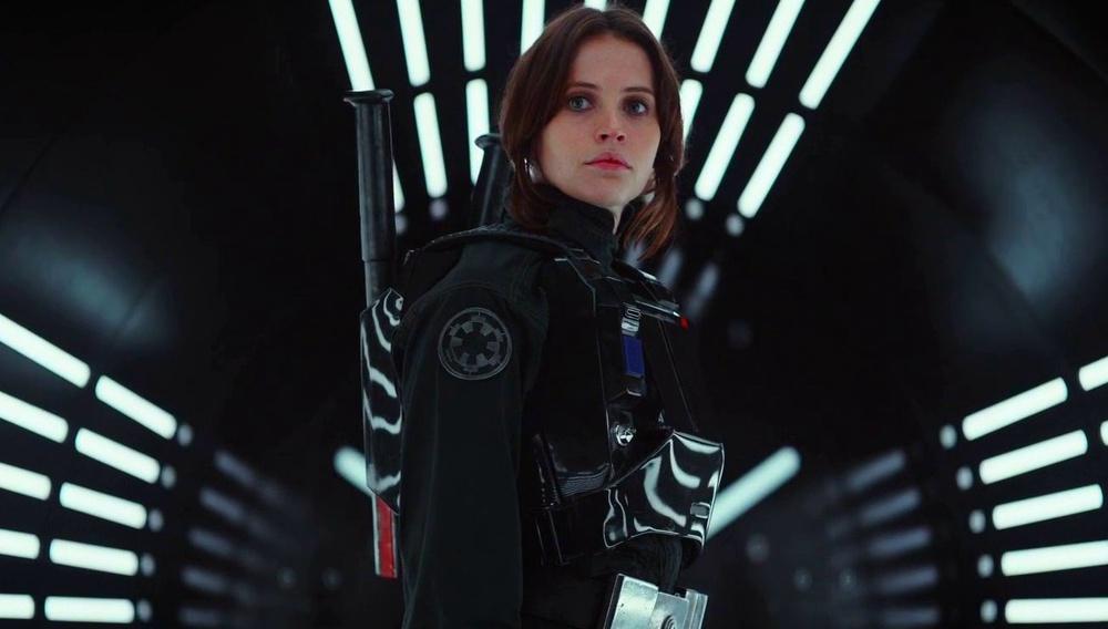 Tο υπέροχο νέο τρέιλερ του «Rogue One: A Star Wars Story» είναι κάτι παραπάνω από τη βαριά ανάσα του Darth Vader