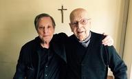 «This is not fiction»: Ο Γουίλιαμ Φρίντκιν κινηματογραφεί έναν αληθινό εξορκισμό στο τρέιλερ του «The Devil and Father Amorth»