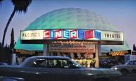 Δύο από τις πιο θρυλικές αλυσίδες κινηματογράφων στην Καλιφόρνια κλείνουν όλες τους τις αίθουσες