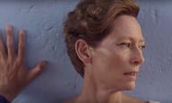 Η Τίλντα Σουίντον είναι ροκ στο τρέιλερ του «A Bigger Splash» του Λούκα Γκουαντανίνο