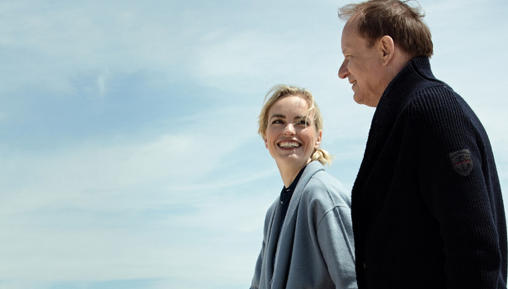 Berlinale 2017: «Return to Montauk», ή πώς ο Φόλκερ Σλέντορφ ζήλεψε τη Ρόζαμουντ Πίλτσερ