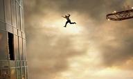 «Daddy's gonna make that bacon»: Ο Ντουέιν Τζόνσον είναι μια ταινία καταστροφής από μόνος του στο «Skyscraper»
