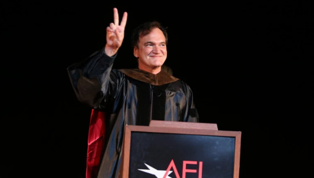 «Γίνετε μέρος του παγκόσμιου διαλόγου»: Ο Κουέντιν Ταραντίνο μιλά στους απόφοιτους του AFI