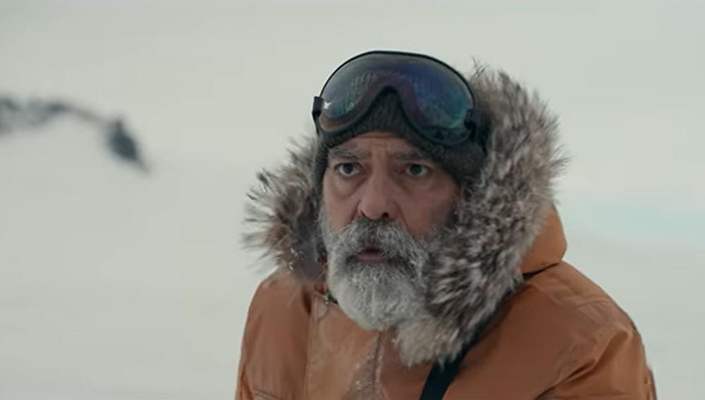 Ο Τζορτζ Κλούνεϊ (και το μούσι του) αναζητά την ελπίδα έξω από τη Γη, στο πρώτο trailer για το «The Midnight Sky»