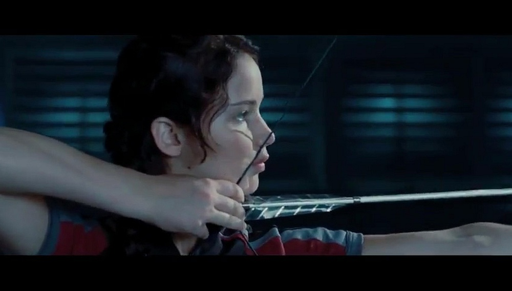 Hunger Games: «Ποιος παρήγγειλε το γουρούνι;» (δείτε το clip)