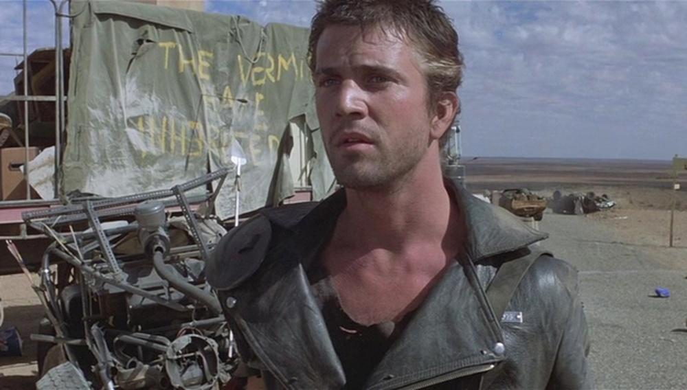 Ελα ρε Μελ! Το νέο τρέιλερ «Mad Max: Fury Road» φέρνει έναν επισκέπτη απ' τα παλιά