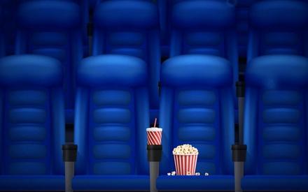 Από 16 Ιουλίου και μέχρι τέλος Αυγούστου οι κινηματογράφoι 12μηνης δραστηριότητας είναι covid-free
