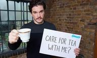 Let it (Jon) Snow! Ο Κιτ Χάρινγκτον σε προσκαλεί για τσάι