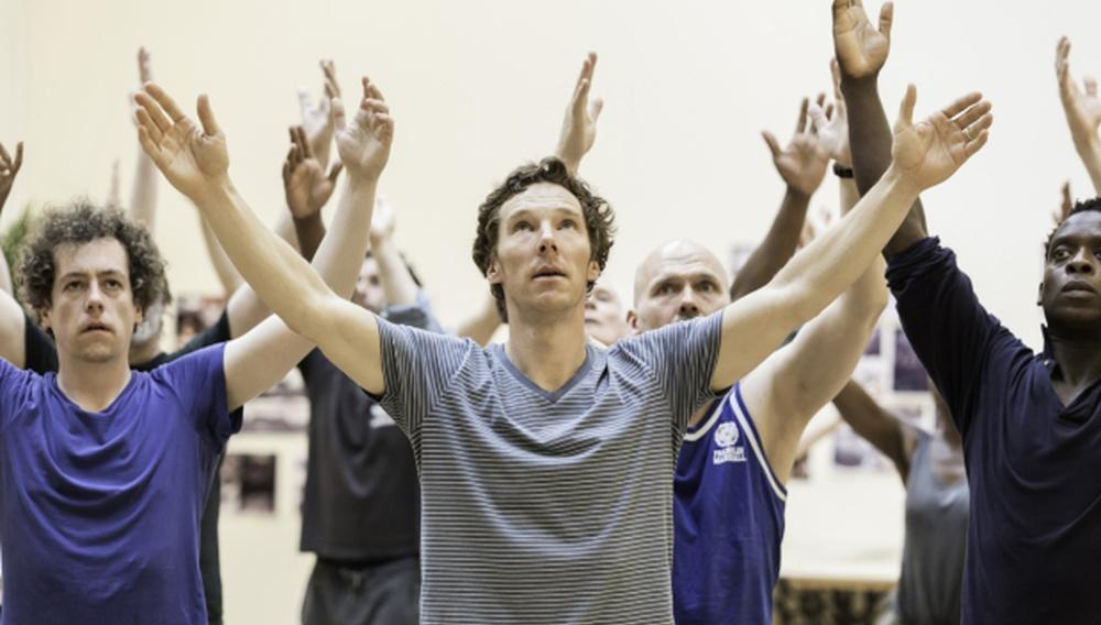 Ο Μπένεντικτ Κάμπερμπατς κάνει πρόβες για τον ήδη sold out «Αμλετ» στο Barbican Theatre