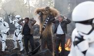 Είναι ο Ντάνιελ Κρεγκ ένας από τους stormtrooper, στο «Star Wars: Η Δύναμη Ξυπνάει»;