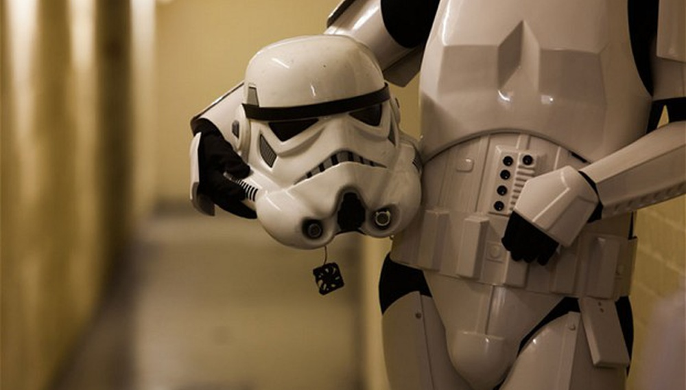 R.I.P Μάικλ Λίντερ: ο Αδέξιος Stormtrooper που χτύπησε το κεφάλι του στο σκηνικό του Star Wars πέθανε πριν λίγες μέρες