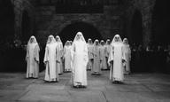 Αφιέρωμα | Η Βίβλος με τον τρόπο του Flix: «Μητέρα Ιωάννα των Αγγέλων» του Γέρζι Καβαλέροβιτς