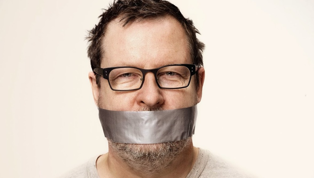 Βενετία 2014: O Λαρς φον Τρίερ σπάει τη σιωπή του - με ανορθόδοξο τρόπο φυσικά!