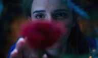 H Μπελ ξανασυναντά το Τέρας στο πρώτο teaser του «Beauty and the Beast» με την Εμα Γουότσον