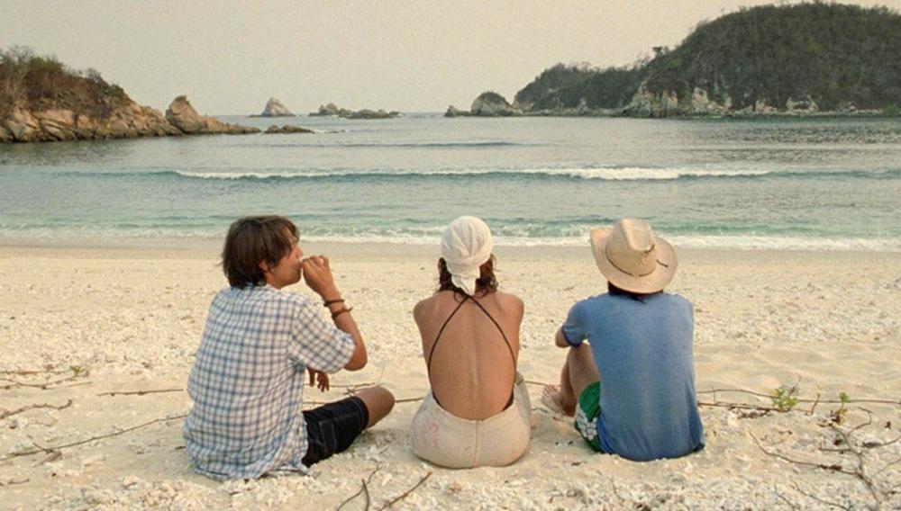 To Flix στις αξέχαστες παραλίες του σινεμά #19 - Θέλω και τη Μαμά σου (2001)