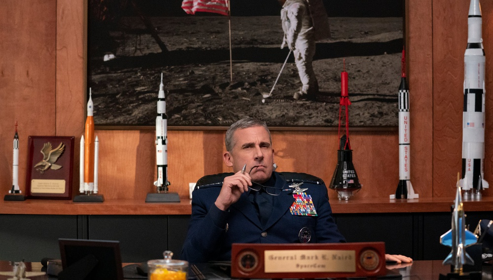 Χιούστον, έχουμε πρόβλημα: Το «Space Force» του Στιβ Καρέλ, δεν απογειώνεται ποτέ
