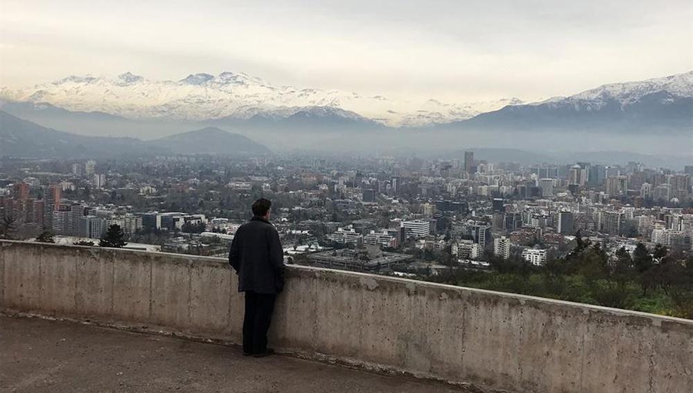 Ο Νάνι Μορέτι ταξιδεύει στη Χιλή, στο «Santiago, Italia»