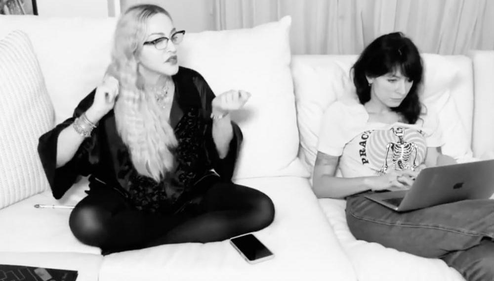 Η Madonna γράφει την κινηματογραφική αυτοβιογραφία της