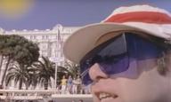 Blast from the Past: Οταν ο Ελτον Τζον γύριζε το βίντεο κλιπ του «I'm Still Standing» στις Κάννες