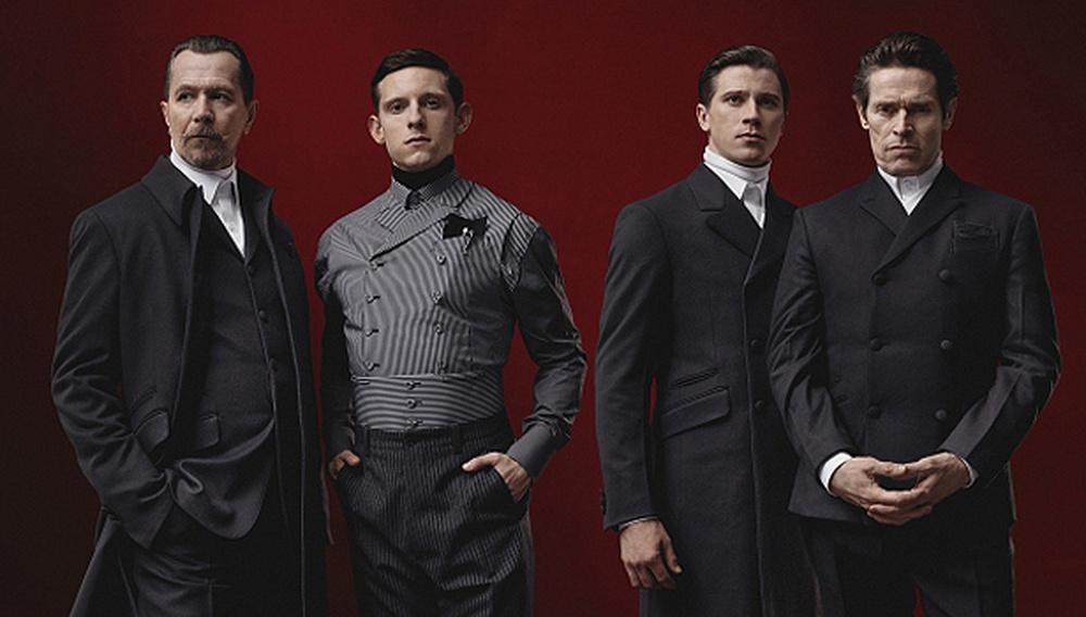 Γκάρι Ολντμαν, Γουίλεμ Νταφόε, Τζέιμι Μπελ και Γκάρετ Χέντλαντ: δεν είναι ταινία, είναι η νέα καμπάνια της Prada!