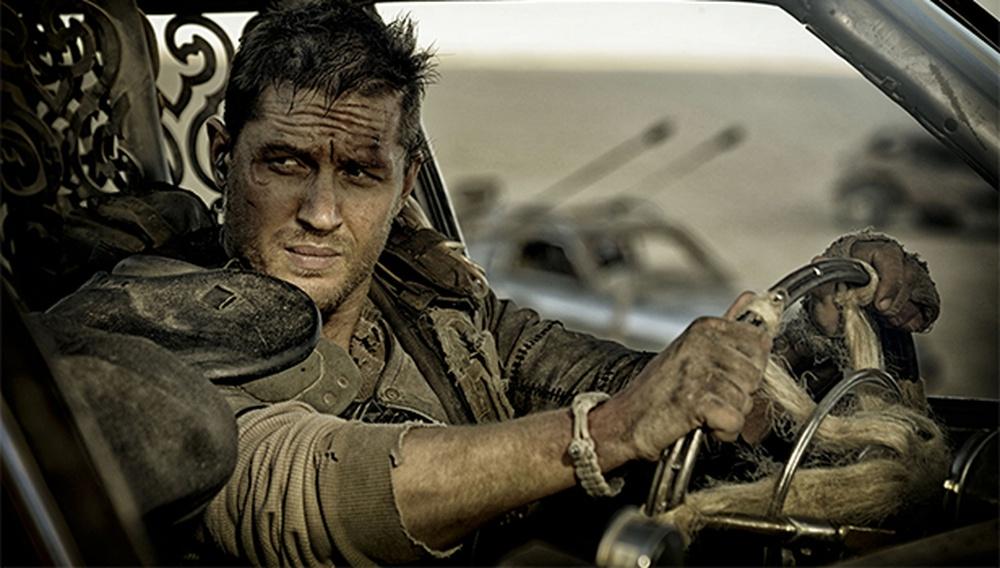 Ο Τομ Χάρντι βρίσκει την «αλλαγή φρουράς» από τον Mad Max στη Furiosa «πολύ, πολύ cool»