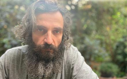 Flix 2020: Ο Αρης Σερβετάλης εύχεται να διαχειριστούμε τη νέα χρονιά ουσιαστικά και με ψυχωφέλεια