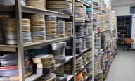 Σημαντικό μέρος της ιστορίας του ελληνικού σινεμά διασώθηκε από το παλιό κτίριο της Φίνος Φιλμς