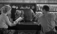 «Η Αλίκη στο Καφέ»: Η ταινία του Δημήτρη Νάκου κάνει την πρεμιέρα της στο Flix