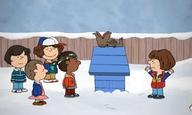 Merry Christmas Will Byers: Το βίντεο που ενώνει το σύμπαν του «Stranger Things» με τη μελαγχολία του Τσάρλι Μπράουν!
