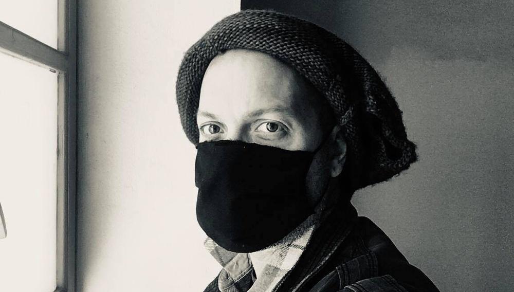 Flix 2020 | Ο Χάρης Ραφτογιάννης εύχεται να εμφανιστεί ο Aγιος Βασίλης, επιτέλους, χωρίς ψεύτικα μούσια