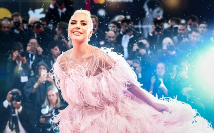 Βενετία 2018: Gaga ooh la la! Στην επίσημη πρεμιέρα του «A Star Is Born» του Μπράντλεϊ Κούπερ