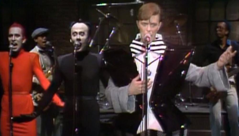 To συγκινητικό αντίο του Saturday Night Live στον Ντέιβιντ Μπόουι