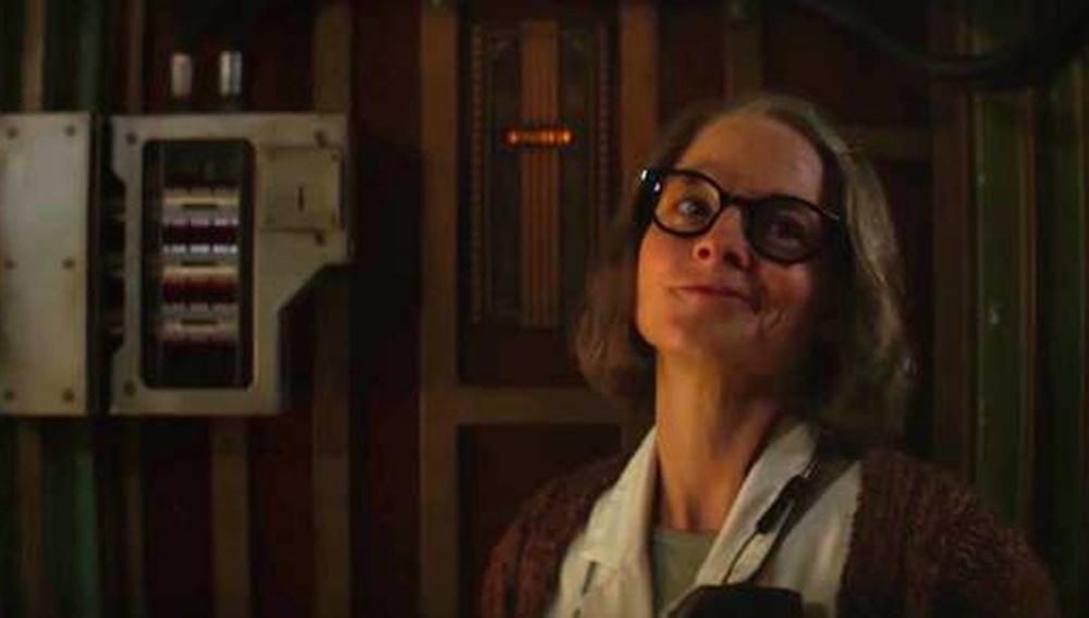 «Μην σκοτώνετε τους άλλους ασθενείς!» Ολα κι όλα, η Τζόντι Φόστερ έχει αυστηρούς κανόνες στο νέο κλιπ του «Hotel Artemis»