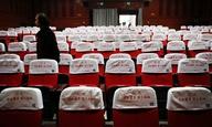 Η Κίνα απαγορεύει να παίζονται ταινίες στις αίθουσές της μεγαλύτερες από δυο ώρες σε διάρκεια