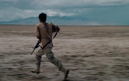 Berlinale 2016: Στο «Soy Nero» του Ράφι Πιτς η πράσινη κάρτα είναι θέμα ζωής και θανάτου