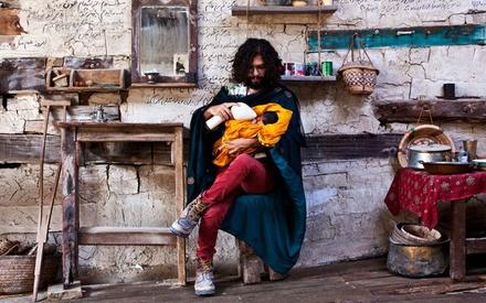 Berlinale 2016: Υποψήφιο για τη Χρυσή Αρκτο το «A Dragon Arrives» αποδεικνύει πως στο Ιράν δεν κάνουν μόνο «ιρανικές ταινίες»