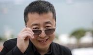 Ο Ζία Ζάνγκε αγαπά τη δυνατή γυναίκα της Κίνας. Και το YMCA των Village People
