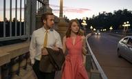 Ποιος είναι ο πιο μεγάλος θαυμαστής του «La La Land» (και διέκοψε τη δική του συνέντευξη για να το διαφημίσει;)