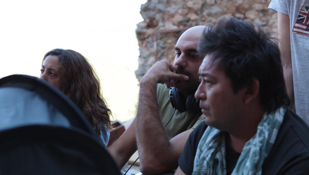 «Να μην πιστεύουμε σε κανέναν»: ο Δημήτρης Πούλος μιλά στο Flix για τον «Προφήτη» του