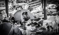 «Γίνε μέρος της λύσης». Ελληνες κινηματογραφιστές αναλαμβάνουν δράση για το προσφυγικό