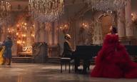 Σαν παραμύθι! Δείτε την Αριάνα Γκράντε και τον Τζον Λέτζεντ να τραγουδούν το «Beauty and the Beast»