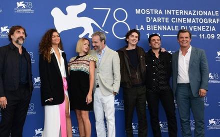 Βενετία 2021: Ο Ντενί Βιλνέβ προτρέπει όλους να δουν το «Dune» στη μεγάλη οθόνη