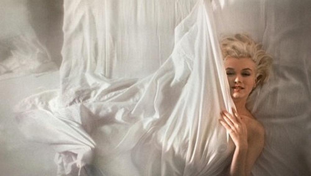 Στο κρεβάτι με τη Μέριλιν!