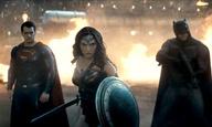 «Αν ήθελα θα ήσουν ήδη νεκρός»: Ο κακός χαμός στο νέο τρέιλερ του «Batman v Superman: Dawn of Justice»