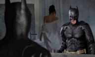 50 Shades of... Wayne? Δείτε το βίντεο με τον Batman στη θέση του Κρίστιαν Γκρέι