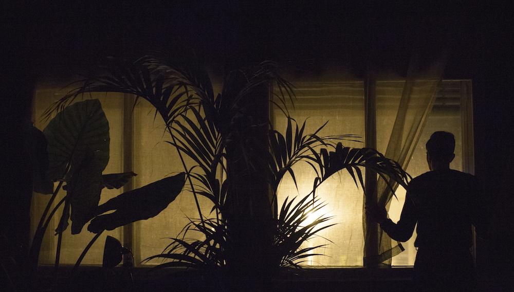 H απαράμιλλη αισθητική του «The Waiter» του Στηβ Κρικρή μέσα από 15+1 φωτογραφίες