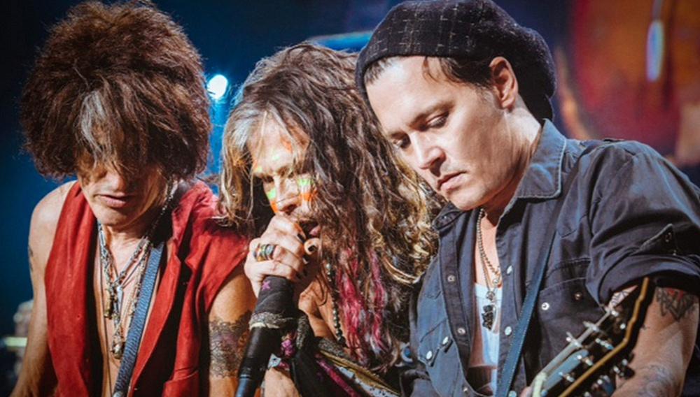 Δείτε τον Τζόνι Ντεπ να τζαμάρει με τους Aerosmith!